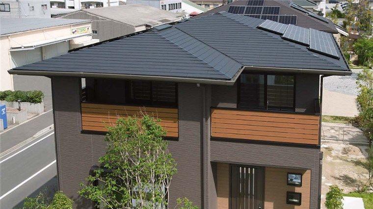 コロニアルグラッサの屋根