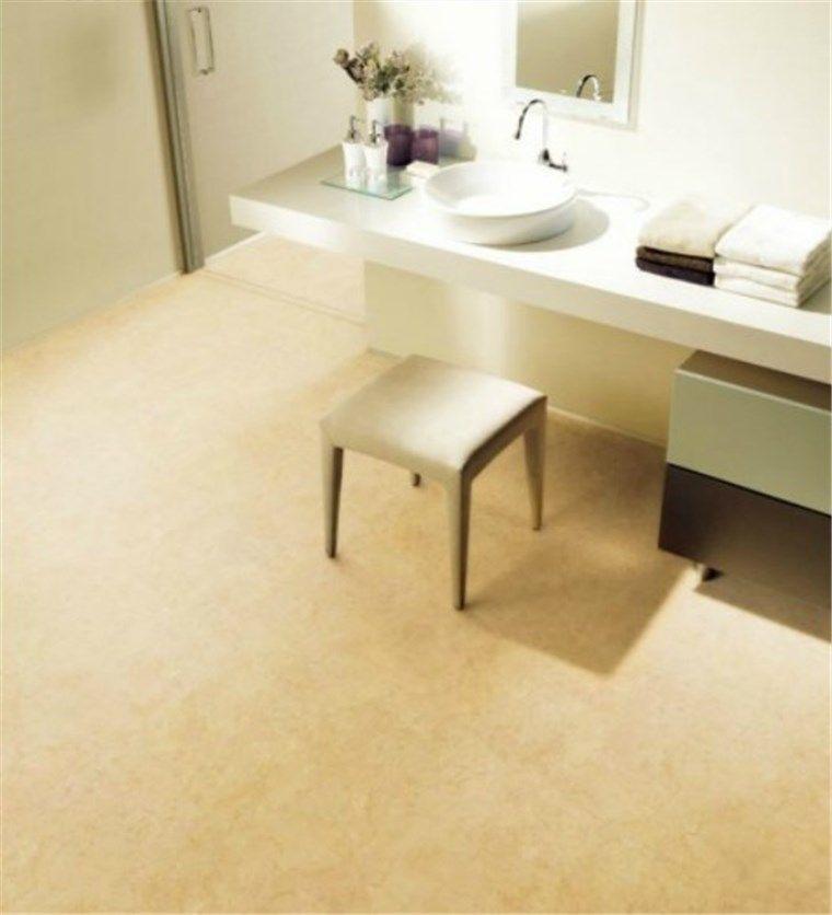 トイレの床張替リフォーム、フロアシート