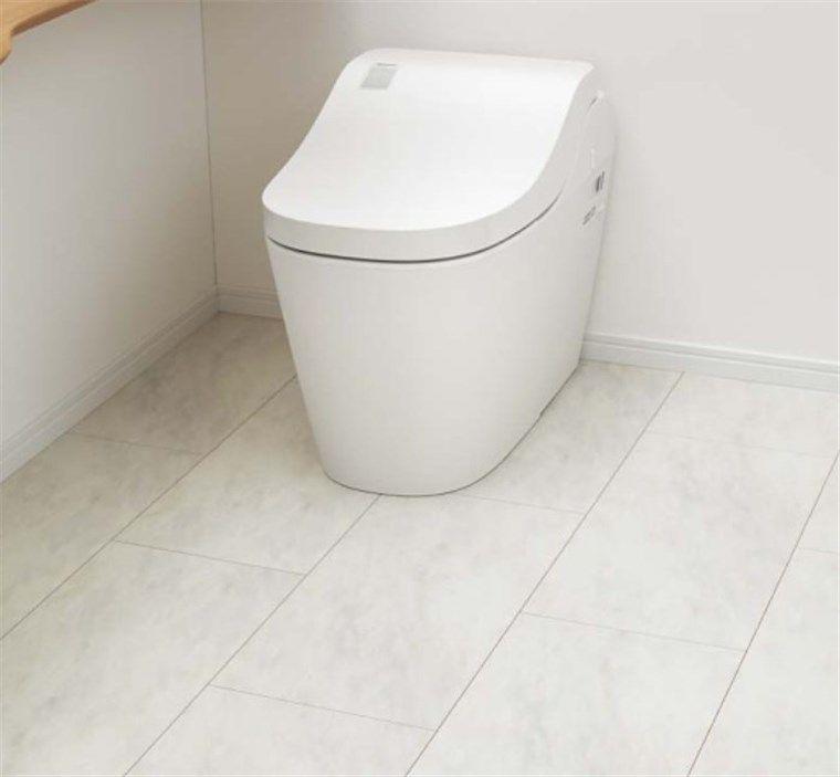 トイレの床張替リフォーム、シートフローリング